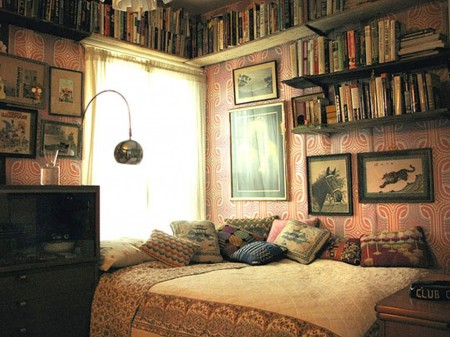 inspiration-bedroom-dazzling-vintage-bedroom-ideas-ideas-with-book-shelves-mounted-over-platform-full-size-bed-in-small-room-decors-designs-splendiferous-vintage-bedroom-ideas-and-decoration-artwork-930x697